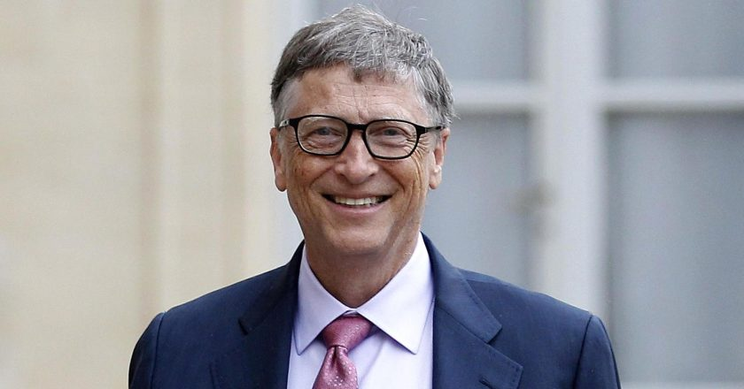 Photo of Biografi Bill Gates, Si Kutu Buku, Pendiri Microsoft yang Dermawan