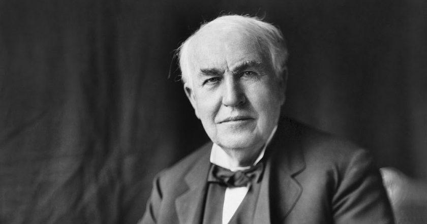 Photo of Biografi Thomas Alva Edison, Sang Penemu Lampu Pijar yang Dianggap Bodoh