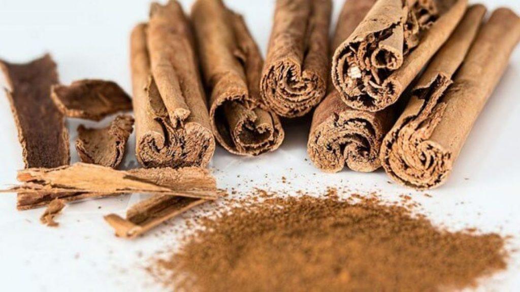 manfaat kayu cendana untuk kulit - ginanjarherbal