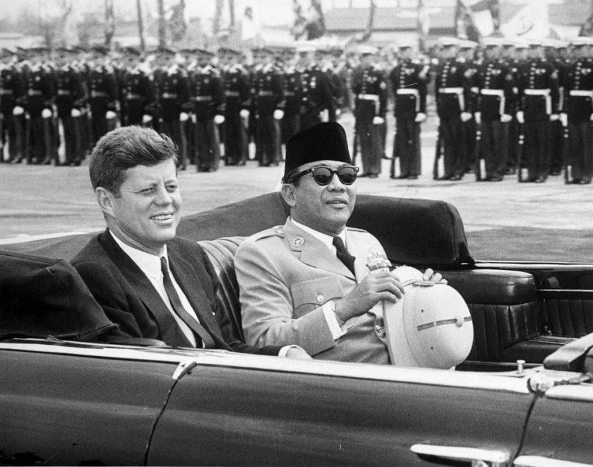 Soekarno bersama John F. Kennedy saat berkunjung ke Amerika Serikat
