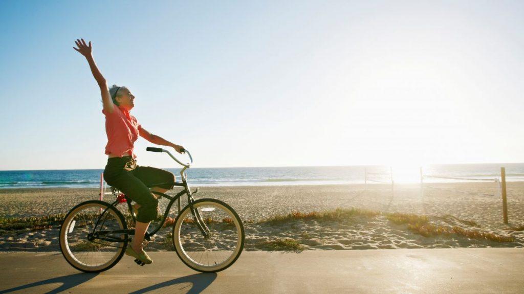 Hidup Seperti Bersepeda - Albert Einstein. Sumber: imdbserver
