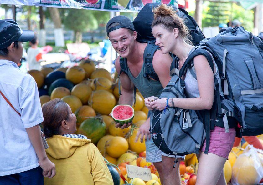 9 trik mensiasati penginapan untuk para backpackers