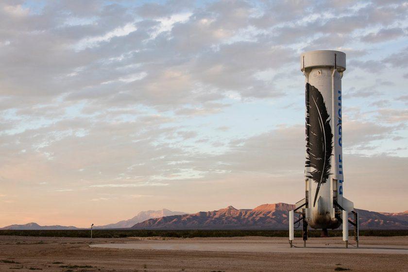 Blue Origin berhasil meluncurkan dan mendaratkan Roket terbaru mereka New Shephard