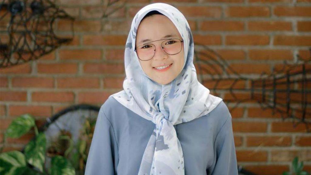 Nissa Sabyan Menjadi Penyanyi - blogunik