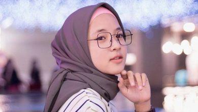Photo of Biodata Nissa Sabyan: Masa Kecil, Pendidikan, Karir, dan Prestasi