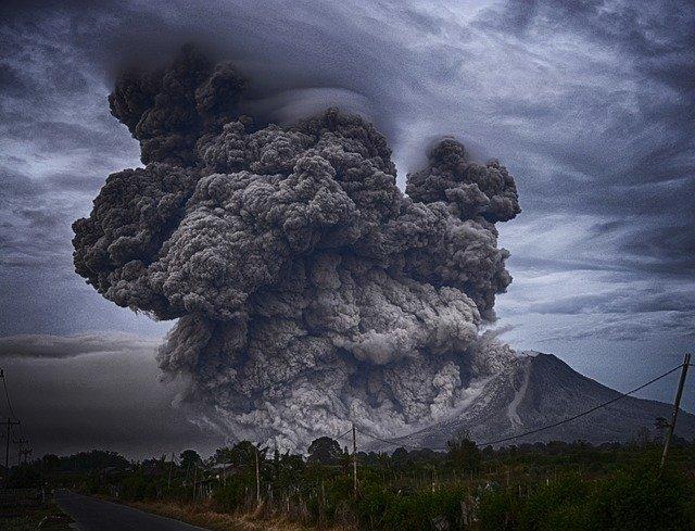 Gunung Berapi Taal di Filipina Meletus, Orang Indonesia Diperintahkan untuk Waspada. Sumber Foto: pixabay