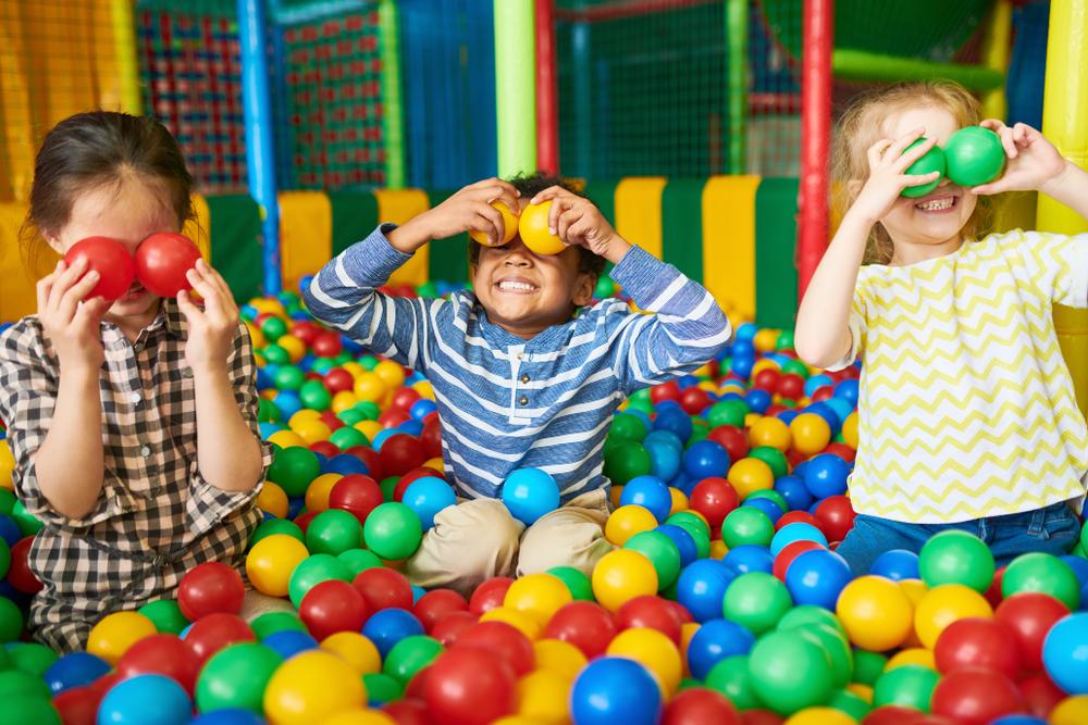 Liburan Anak Sekolah - AkuPaham